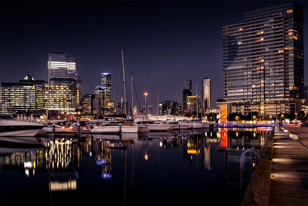 docklands-night-boats-twilight-melbourne