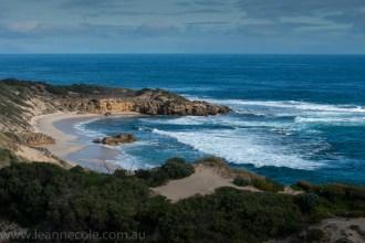 beach-sorrento-water-waves-rocks-1