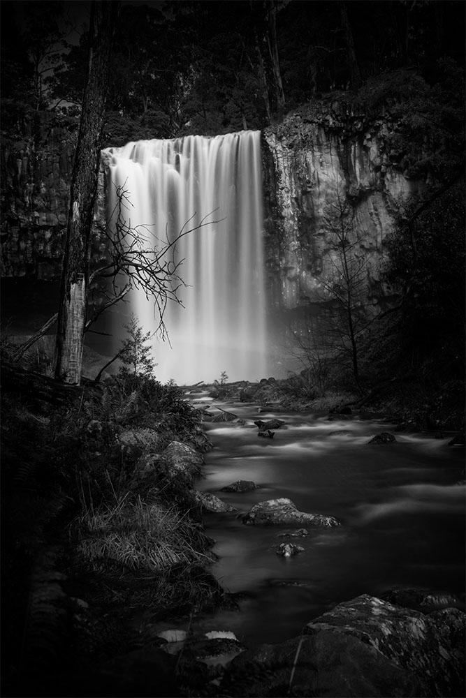 trentham-waterfall-monochrome-victoria
