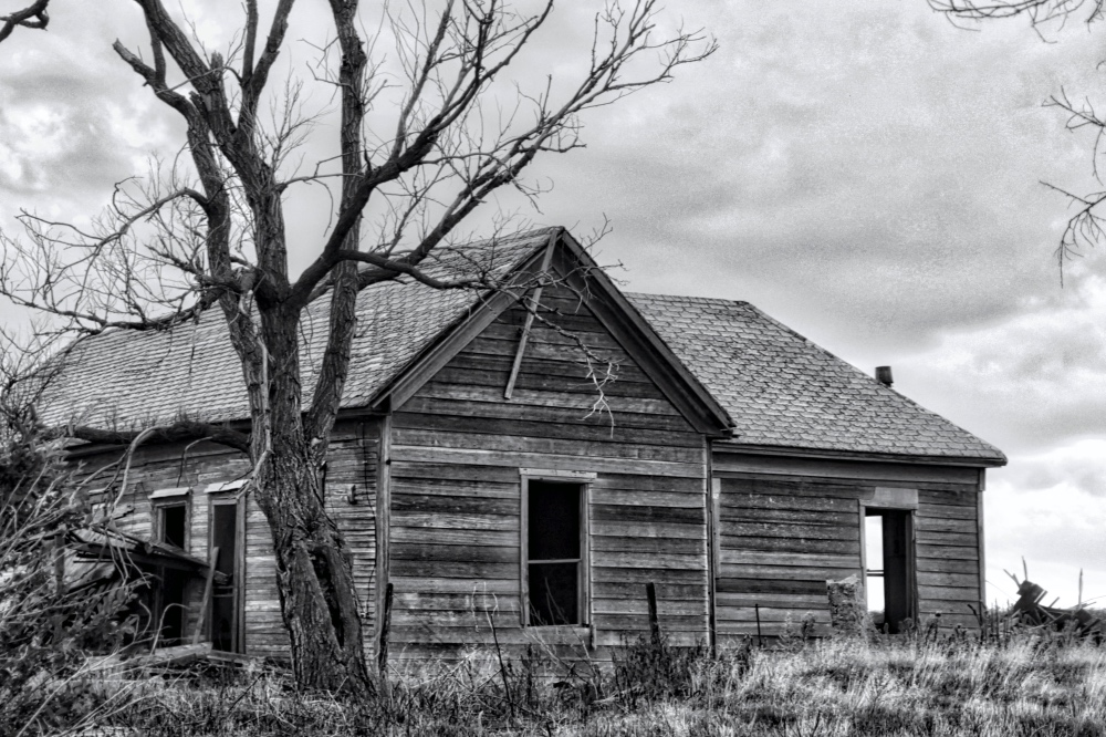 hauntedhouse_rainydayreflections-com