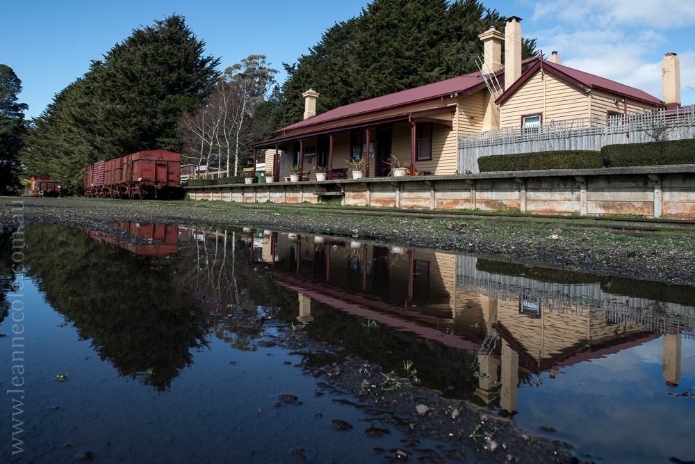 trentham-trainstation-waterfall-pub-victoria-3801