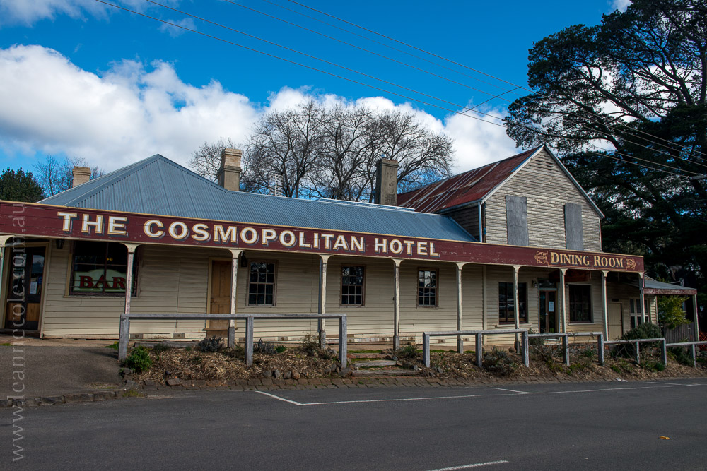 trentham-trainstation-waterfall-pub-victoria-3885