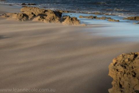 aireysinlet-wind-sand-beach