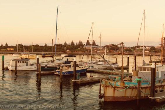 apollo-bay-sunrise-harbour-boats-7