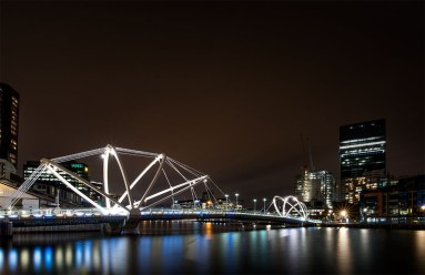 long-exposure-docklands-melbourne-night-4815