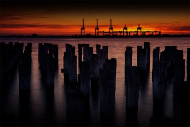 princes-pier-sunset-melbourne-water
