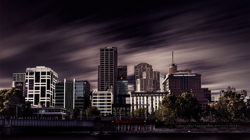 melbourne-cityscape-yarrariver-long-exposure