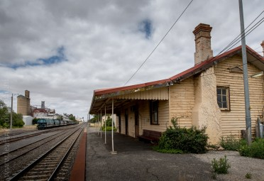murtoa-railway-carriages-sheds-victoria-6001