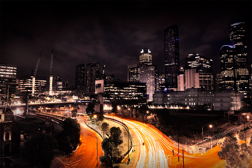 melbourne-night-light-trails-urbanlandscape
