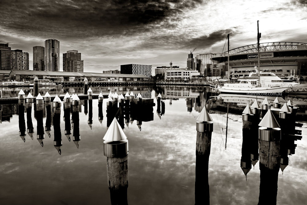 monochrome-acdsee-docklands-morning-melbourne
