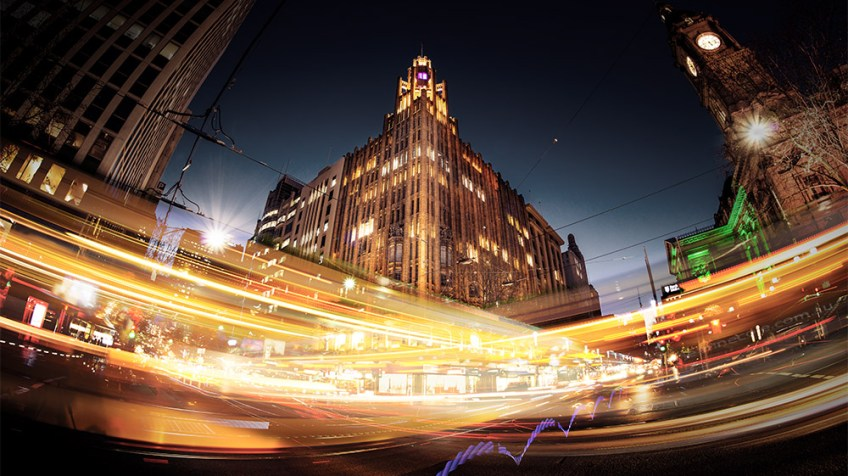 lighttrails-peakhour-collinsst-fisheye-melbourne copy
