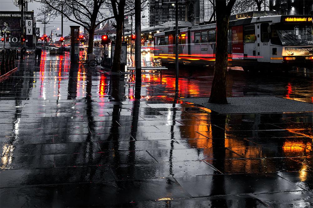 flinders-street-rain-colour-wet