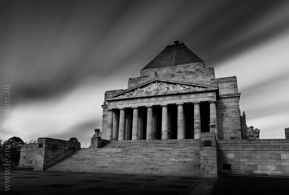 Shrine of Rememberence, Melbourne - Learning about long exposure photography