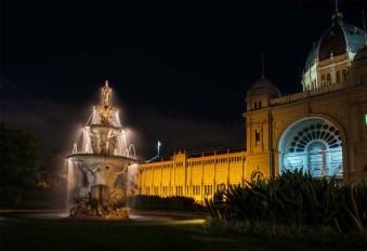 royalexhibition-building-fountain-melbourne-colour