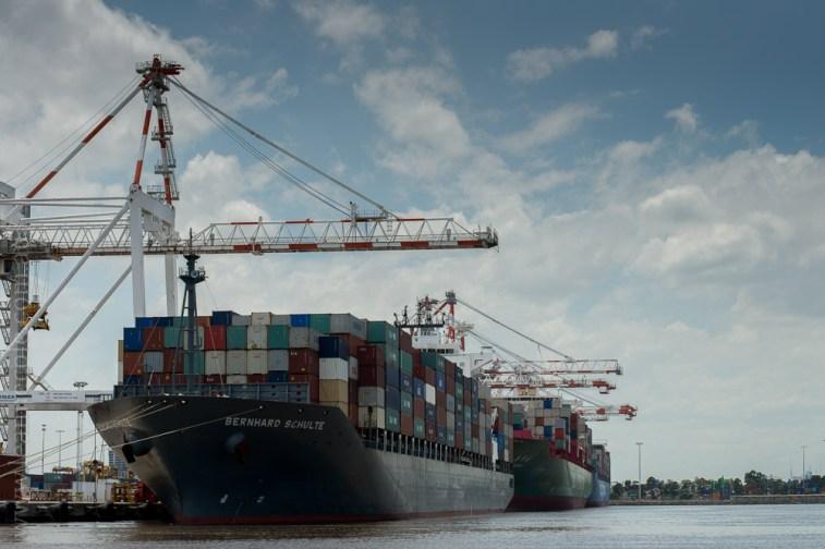 sailing-melbourne-industrial-river-bay-3366