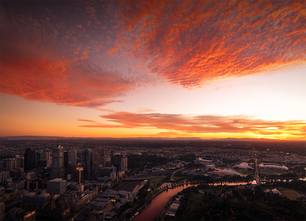 eureka-skydeck-sunrise-melbourne-australia