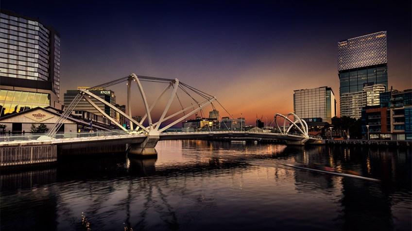 melbourne-seafarers-bridge-sunrise-cityscape