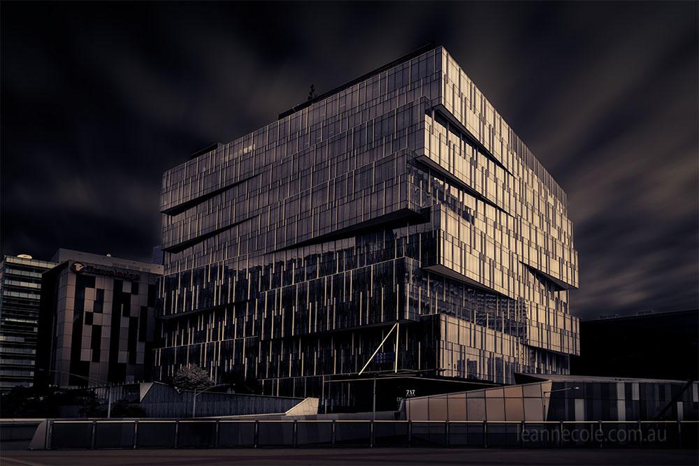 channel9-architecture-melbourne-longexposure-docklands