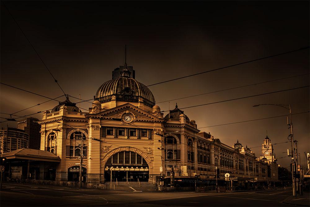 flinders-street-station-melbourne-longexposure-colour