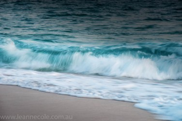 sorrento-beach-waves-slow-sunset-459