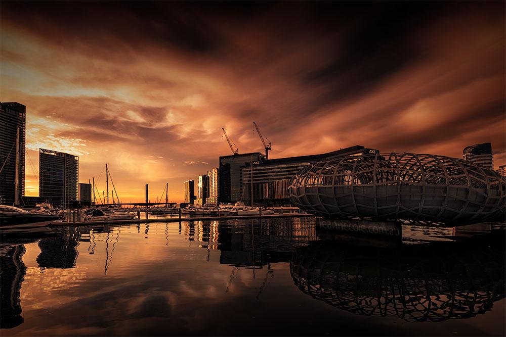 docklands-melbourne-sunset-yarrariver-webbbridge