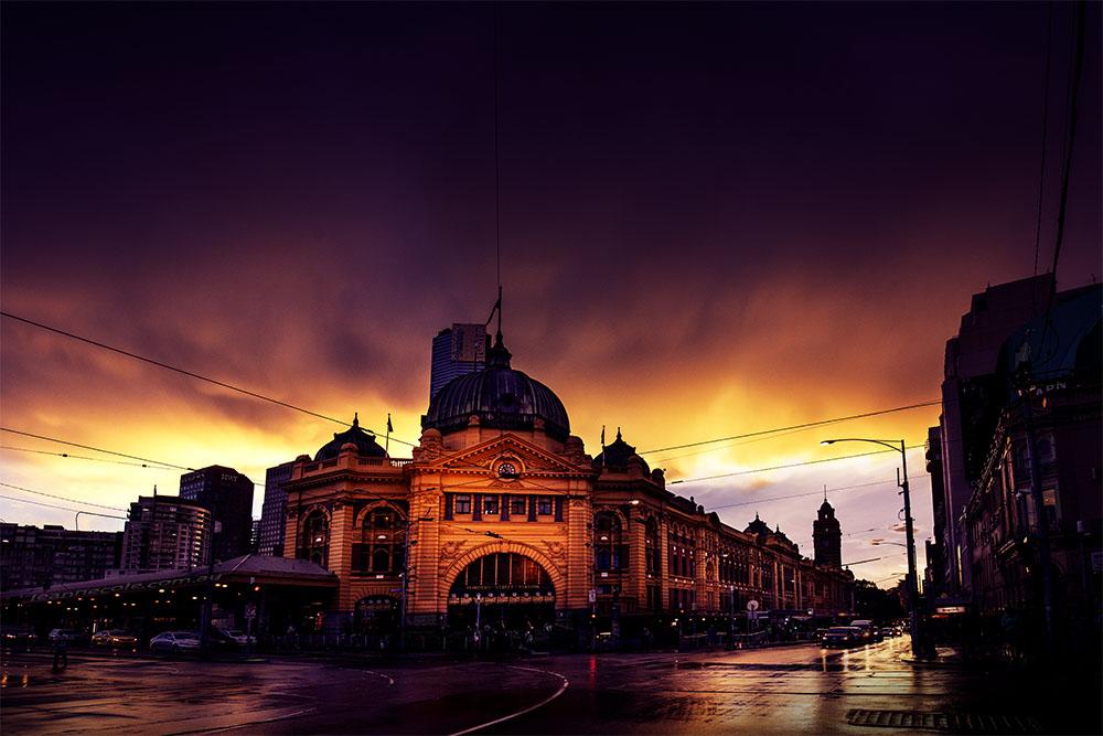 flinders-street-station-storm-melbourne-canon5d4