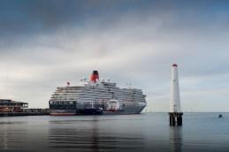 queen-victoria-docked-melbourne-8024