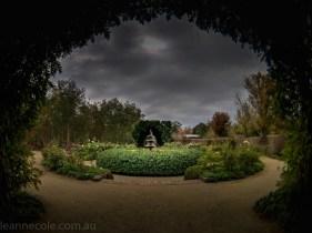 alowyn-gardens-struman-phone-fisheye-105712