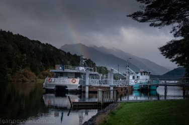 doubtfulsound-weather-waterfalls-newzealand-boat-0483
