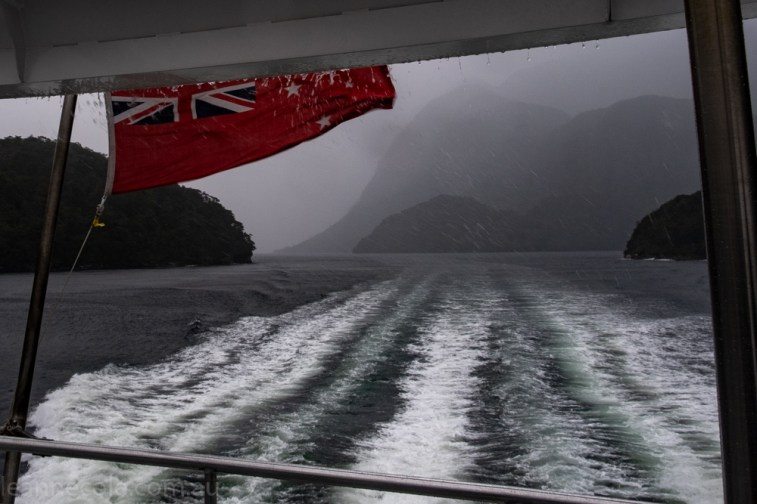 doubtfulsound-weather-waterfalls-newzealand-boat-0671