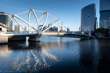 2-city-docklands-bridges-water