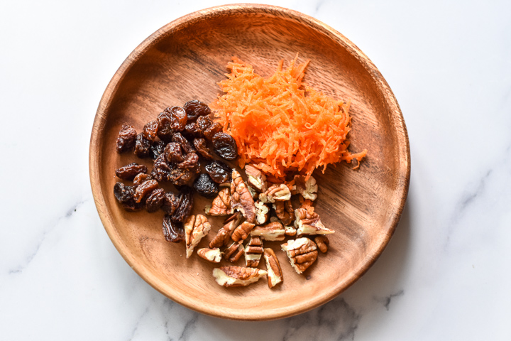 carrot cake overnight oats ingredients