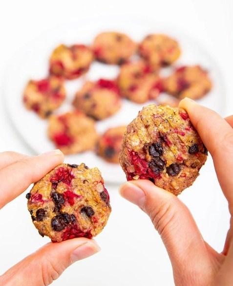 Raspberry and choc cookies