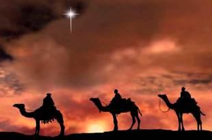 reis magos sob camelos seguindo estrela de Belém