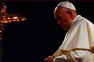 Papa Francisco orando Papa Francisco esperança