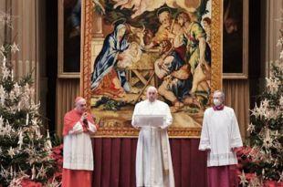 fotografia do papa francisco realizando missa de natal oração Papa Natal 2020oração Papa Natal 2020