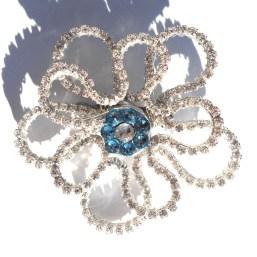Anemone Brooch Silver Starshine Aquamarine Main