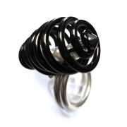 butterfly-cocoon-ring-midnight-pearl-left