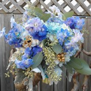 echiveria-necklace-seafoam-bouquet-display-main-2