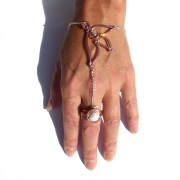 fairy-wing-ring-bracelet-rose-gold-display