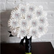 fossilized-daisy-immortal-bouquet-with-faux-hydrangea