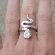 pewter-snake-ring-adjustable-display