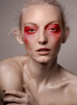 capture one raw photo editor editing skin tones blogpost by zoe noble and brian siami head and shoulders woman with red eyeshadow
