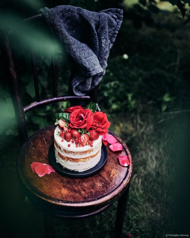 flower-fruit-cake