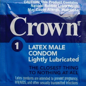 CondomDepot-Review-FI-crownskinlessskin-300