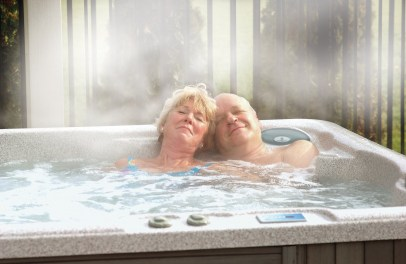 sex-underwater-hot-tub