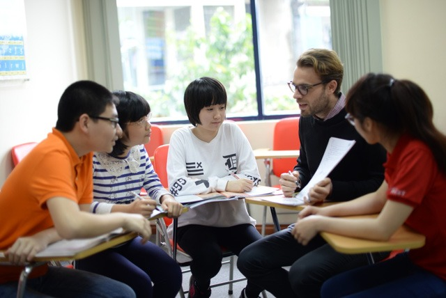 Advantages of Learning English With Native Teachers