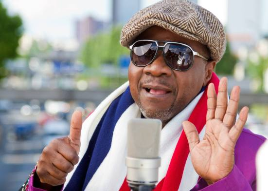Quiz-Papa Wemba,'The King of Rhumba'. Image from https://kiss100.co.ke(Learn English With Africa)