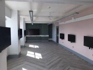 Tech on 7th floor 2