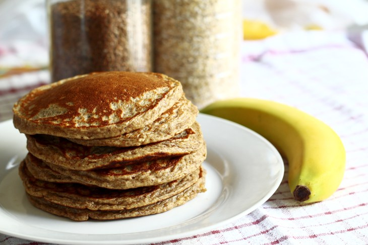 Healthy Pancakes with a Banana